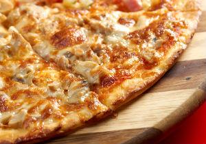 Quick Leftover Chicken Pizza