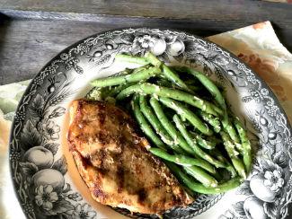Marinated Grilled Boneless Chicken Breast